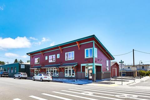 3-Suite Office Building in Arcata, CA.  Burgandy with Teal Trim beautiful Space